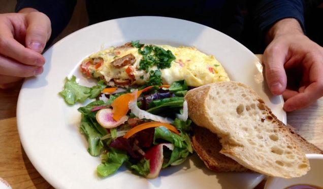LPQ Chicken Chorizo Organic Cheddar Omelette
