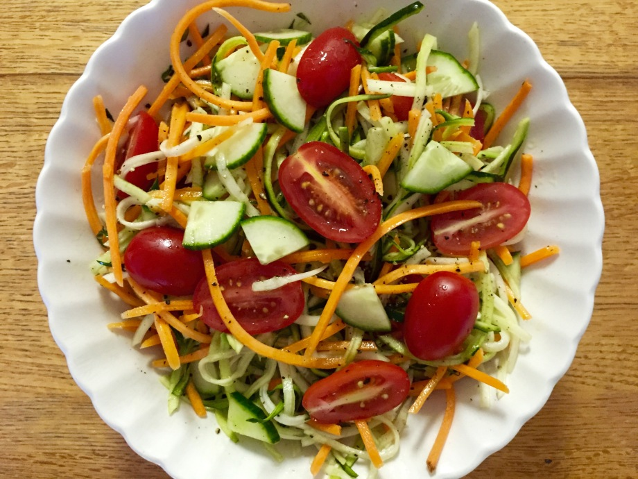 cold raw veggie salad