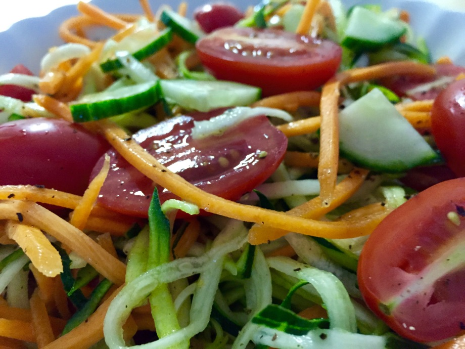 spiralized veggie salad